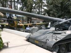 戦争証博物館の中庭